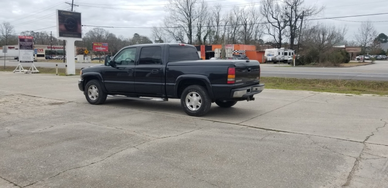 GMC Sierra 1500 2005 price $10,980