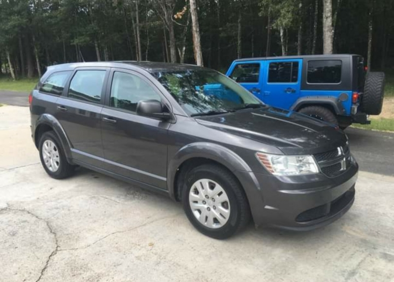 Dodge Journey 2015 price $9,980