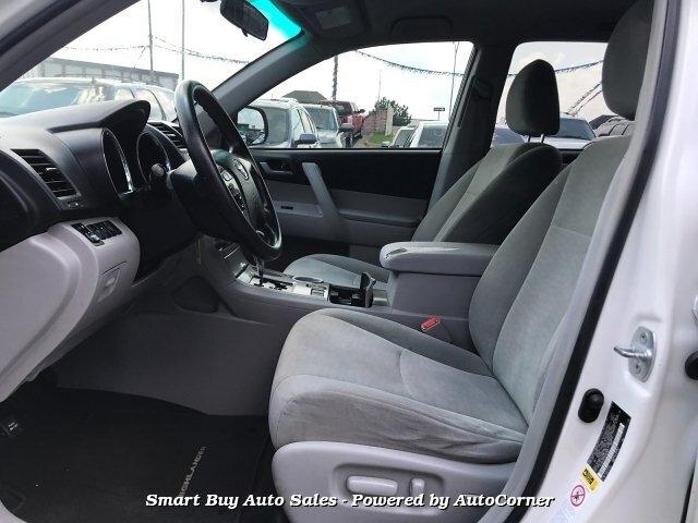 Toyota Highlander 2013 price $12,995
