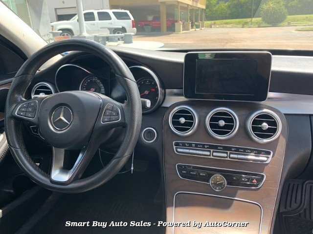 Mercedes Benz C-Class C300 Sedan 7-Speed Automatic 2017 price $22,995