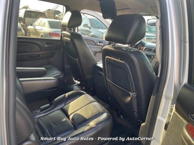 GMC Yukon XL 2011 price $13,995