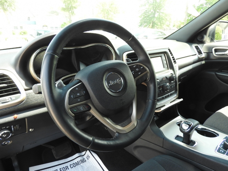 Jeep Grand Cherokee 2014 price $13,988
