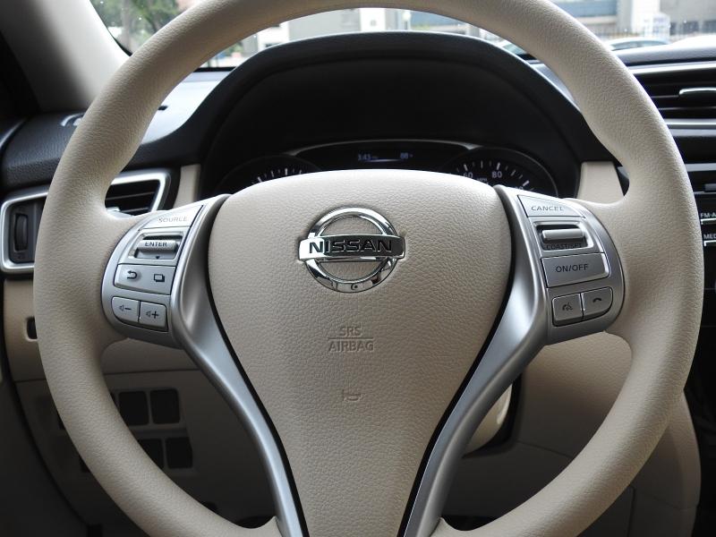 Nissan Rogue 2015 price $11,998