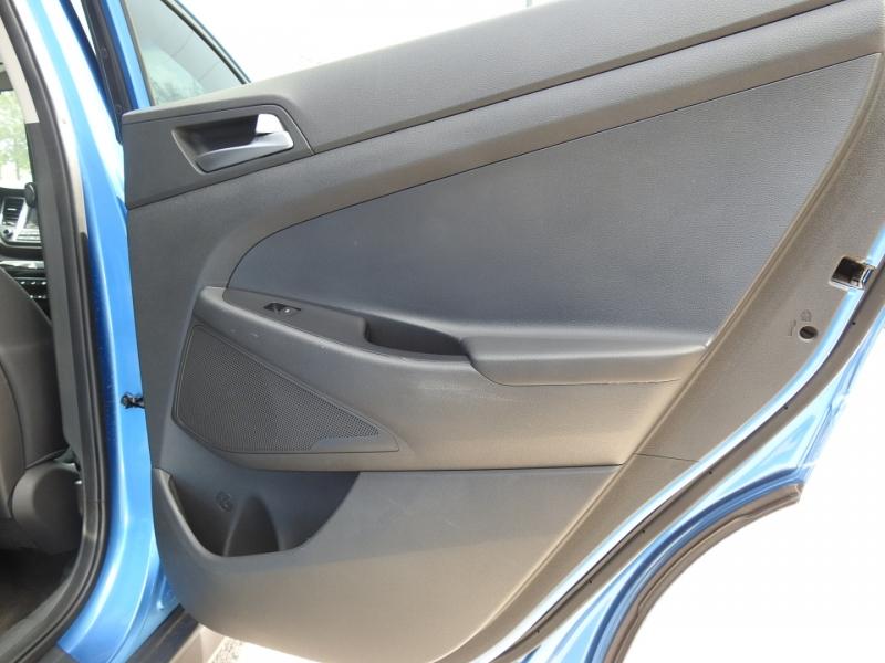 Hyundai Tucson 2016 price $14,988