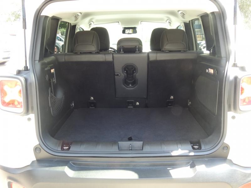Jeep Renegade 2016 price $15,988