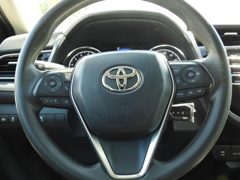 Toyota Camry 2019 price $19,488