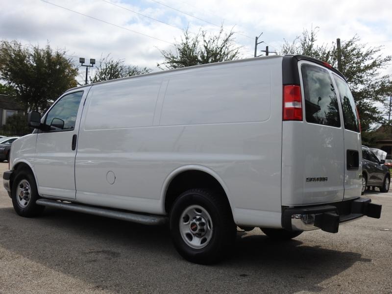 GMC Savana Cargo Van 2018 price $21,988