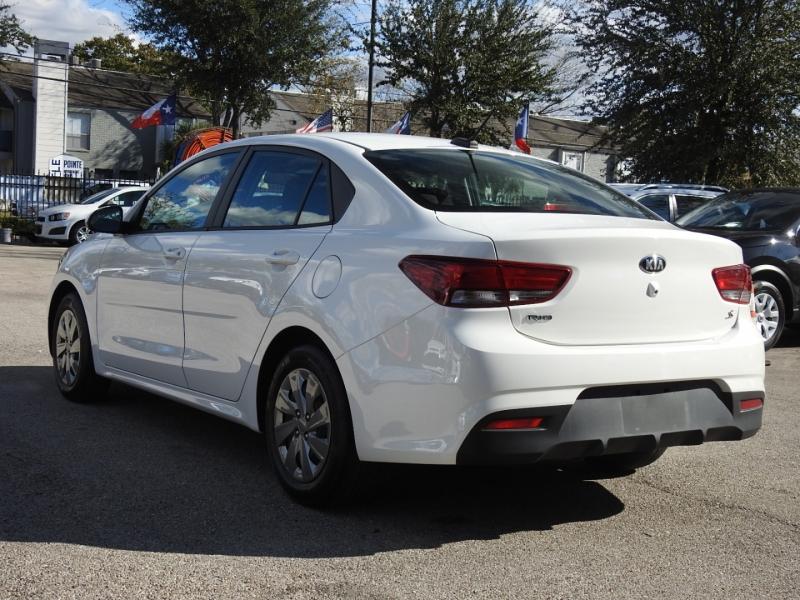 Kia Rio 2019 price $12,498