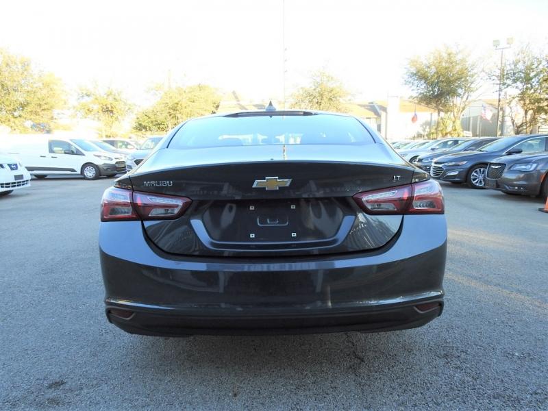 Chevrolet Malibu 2019 price $14,998