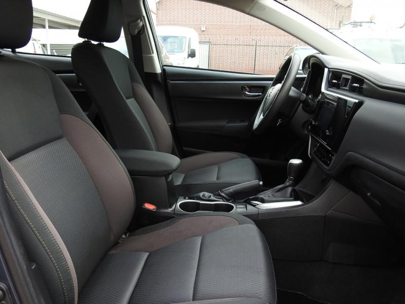 Toyota Corolla 2019 price $15,998