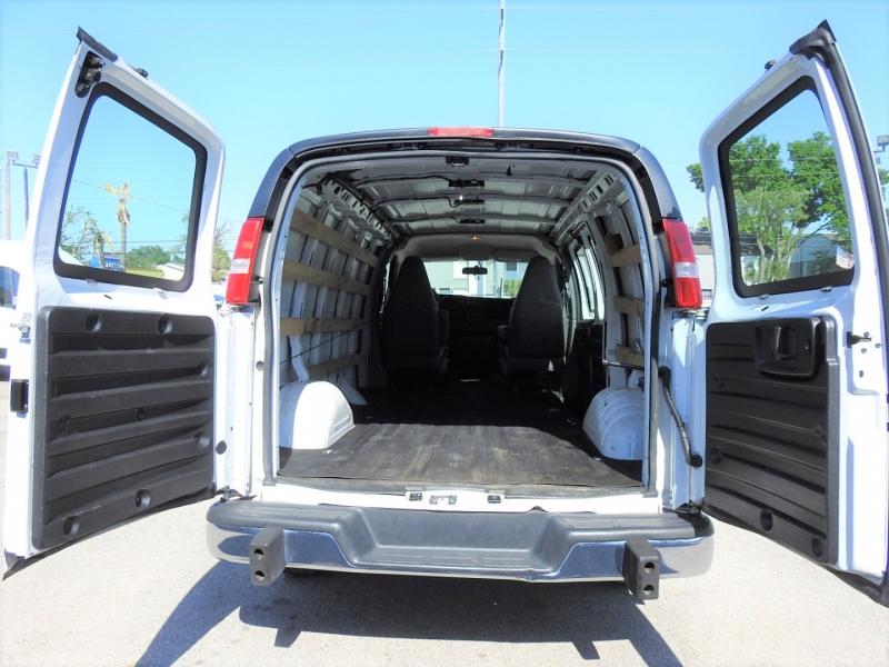 GMC Savana Cargo Van 2018 price $26,998