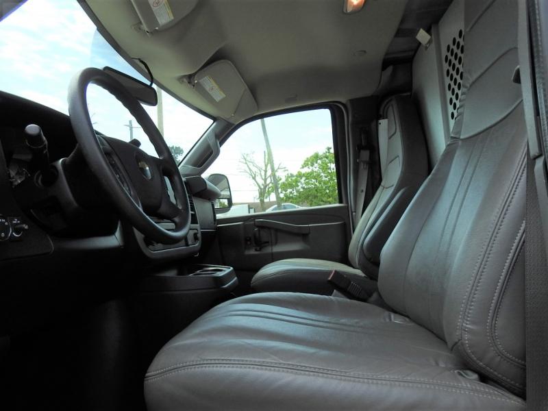 Chevrolet Express Cargo Van 2017 price $26,998