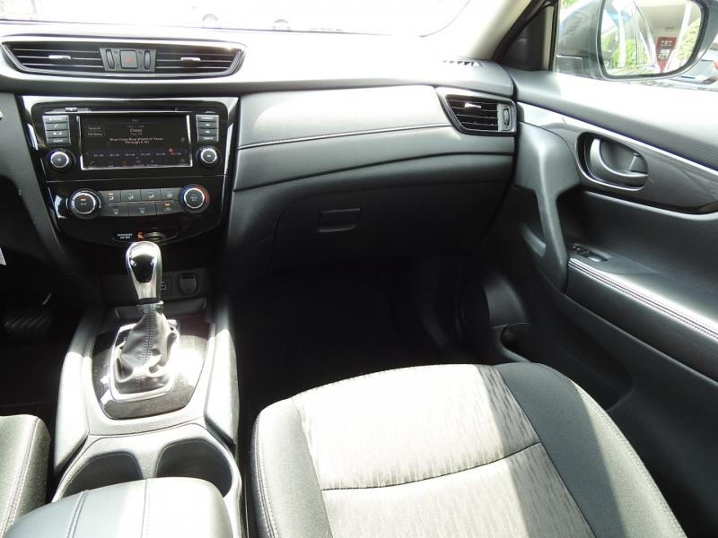 Nissan Rogue 2020 price $19,588
