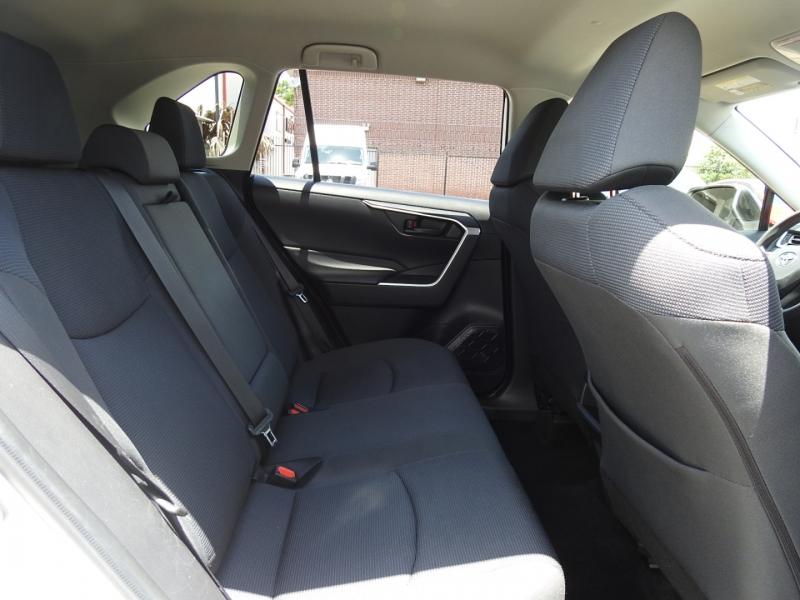 Toyota RAV4 2019 price $23,998