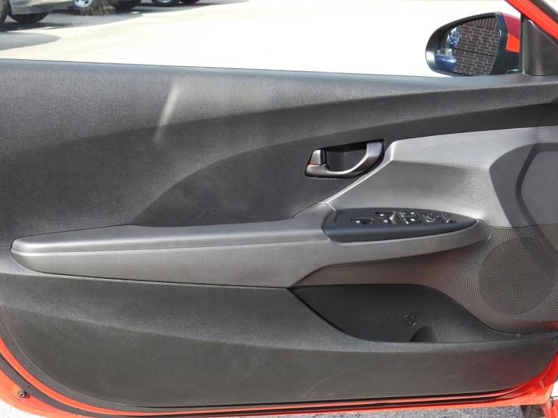 Hyundai Veloster 2019 price $17,588