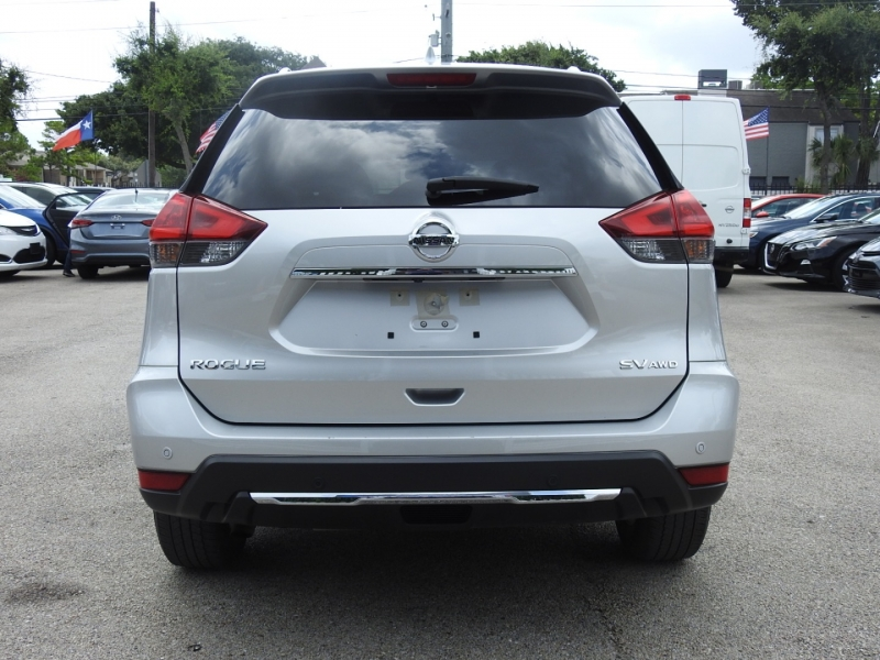 Nissan Rogue 2020 price $24,998