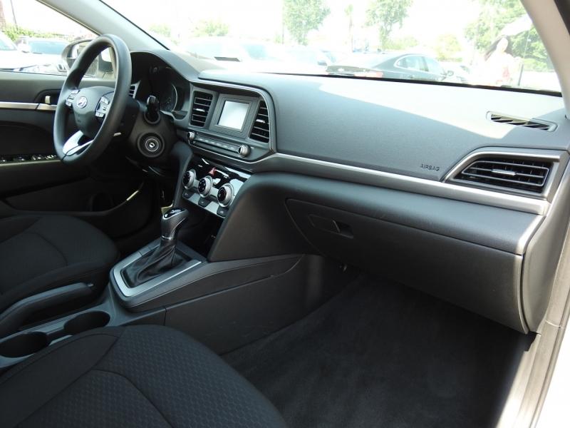 Hyundai Elantra 2019 price $18,998