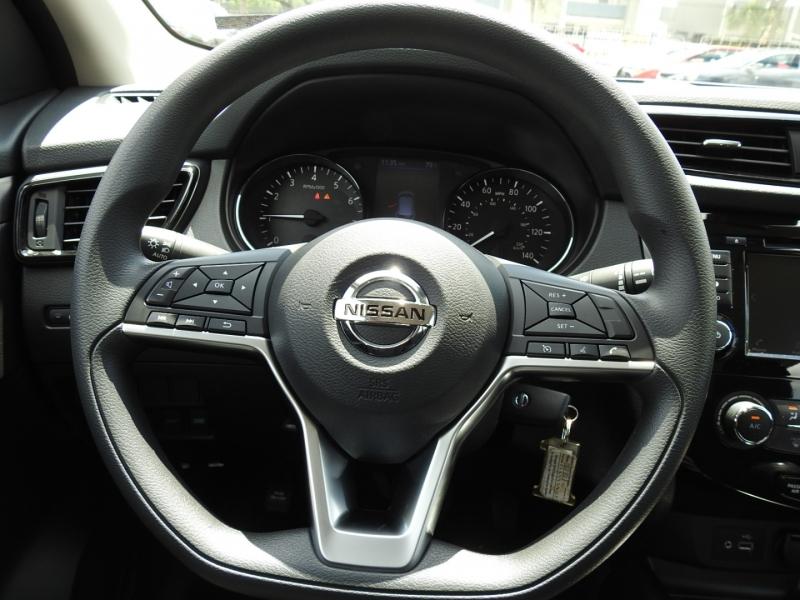 Nissan Rogue Sport 2020 price $22,988