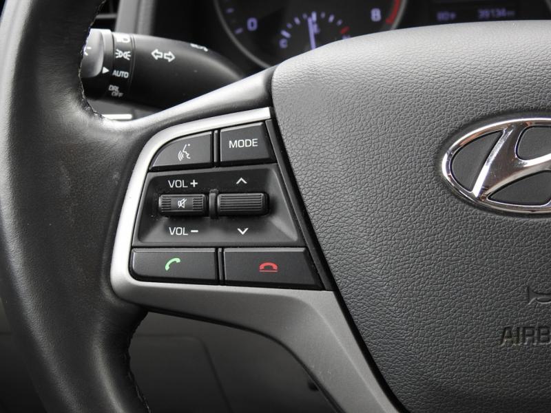 Hyundai Elantra 2017 price $16,998
