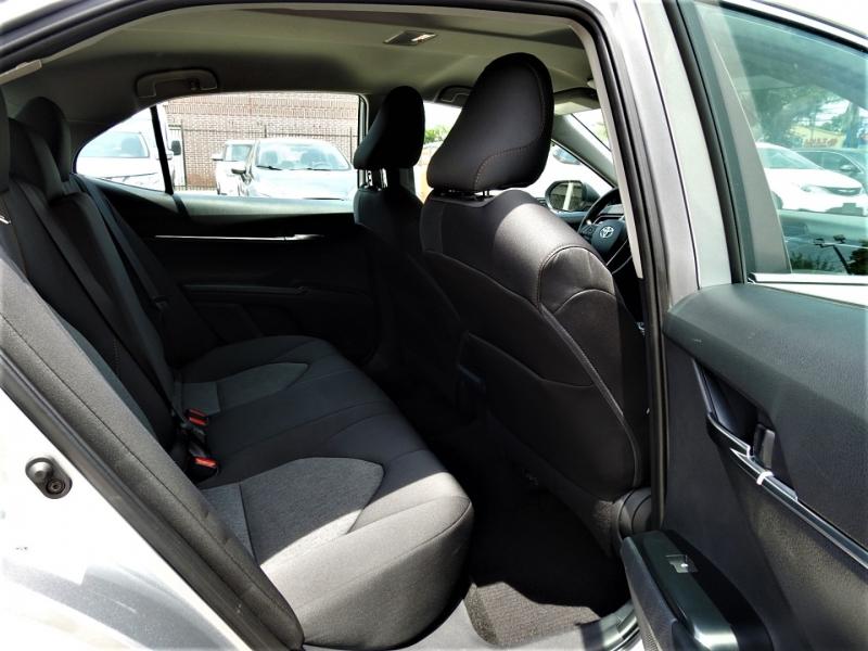Toyota Camry 2019 price $20,988