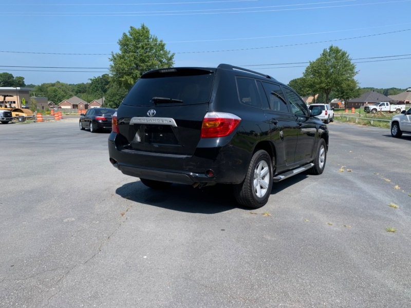 Toyota Highlander 2010 price $11,000