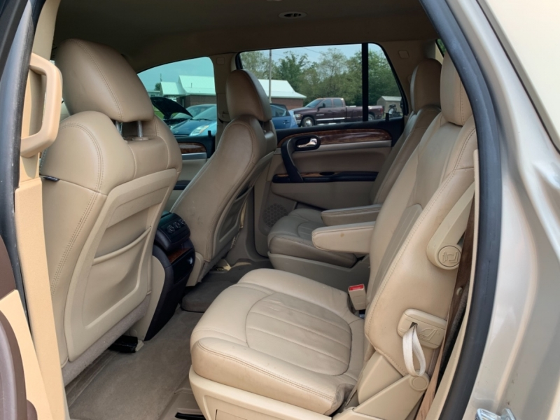 BUICK ENCLAVE 2011 price $10,800