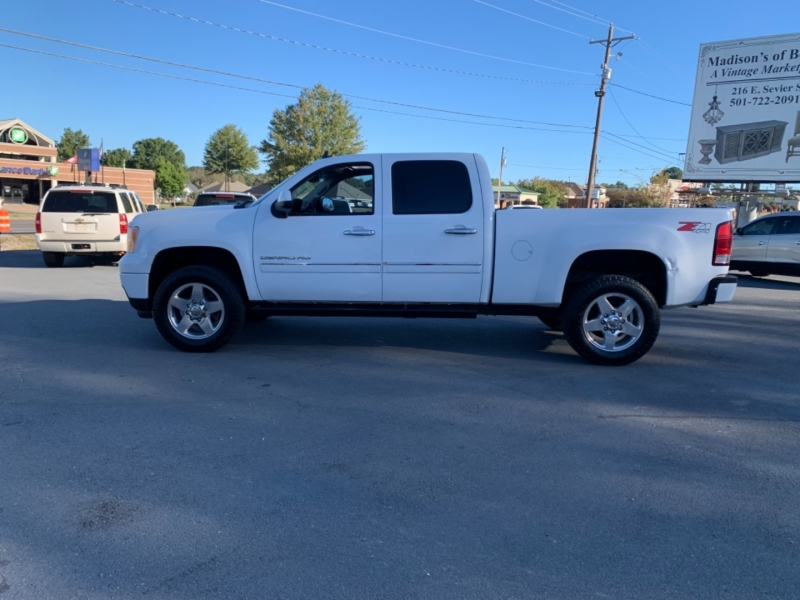 GMC Sierra 2500HD 2013 price $25,000