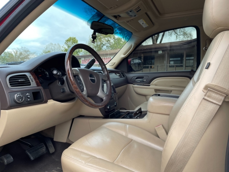 GMC Yukon 2013 price $17,995
