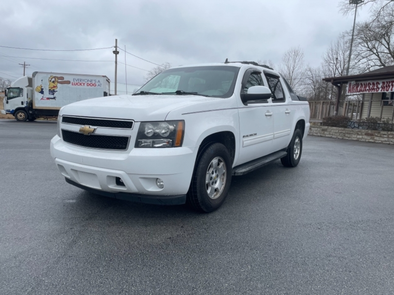 CHEVROLET AVALANCHE 2011 price $15,500