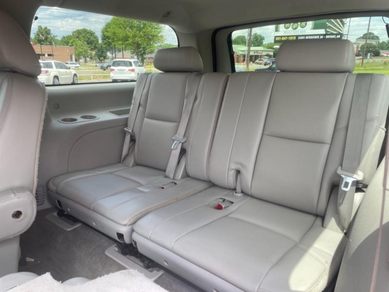 CHEVROLET SUBURBAN 2012 price $13,850