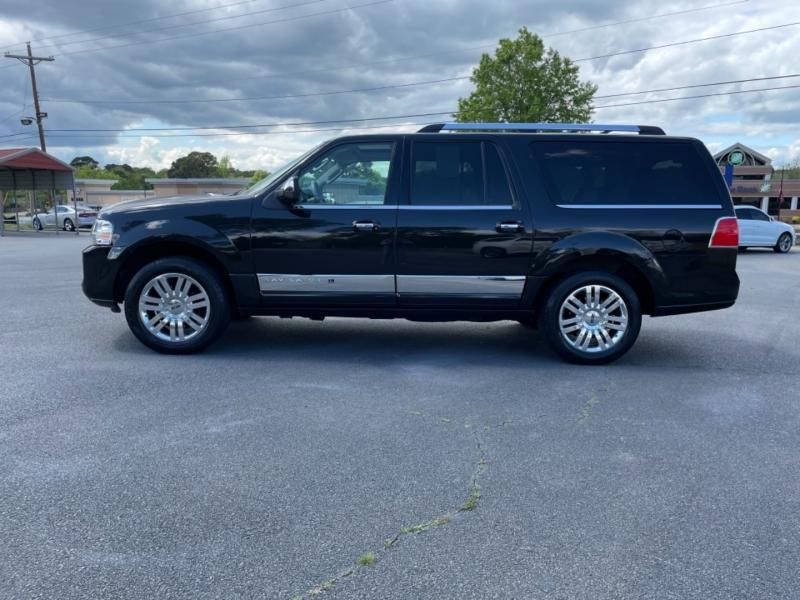 Lincoln Navigator L 2013 price $16,800