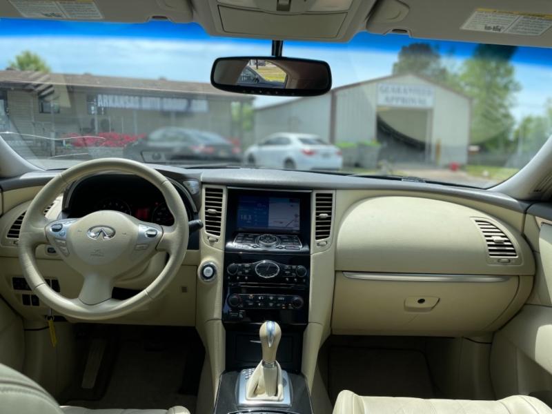 Infiniti FX35 2010 price $14,200