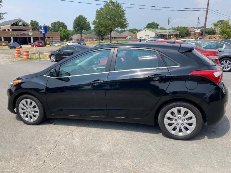 Hyundai Elantra GT 2017 price $11,900