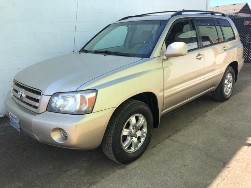 Toyota Highlander 2006 price $4,950
