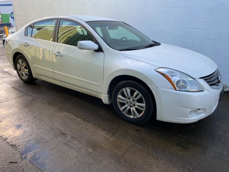 Nissan Altima 2012 price $4,950