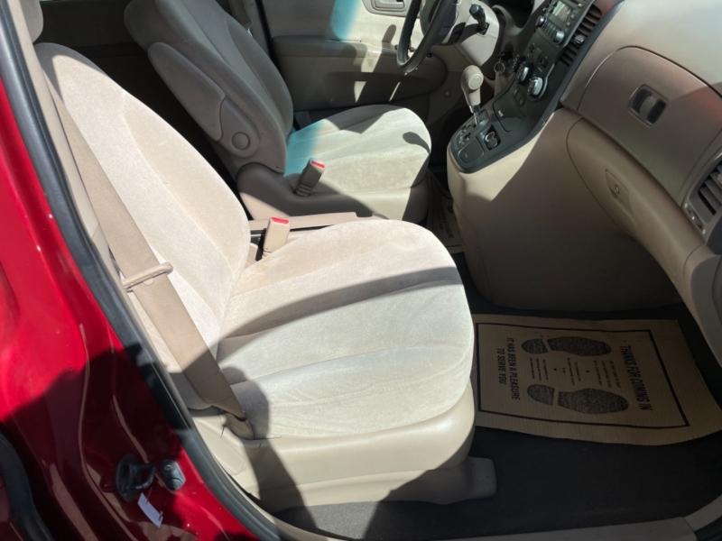 Kia Sedona 2008 price $4,950