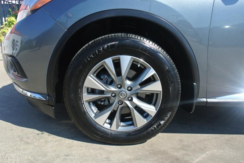 Nissan Murano 2015 price $15,950