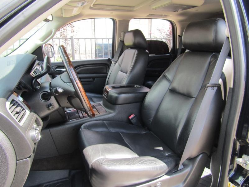 GMC Yukon 2011 price $14,950