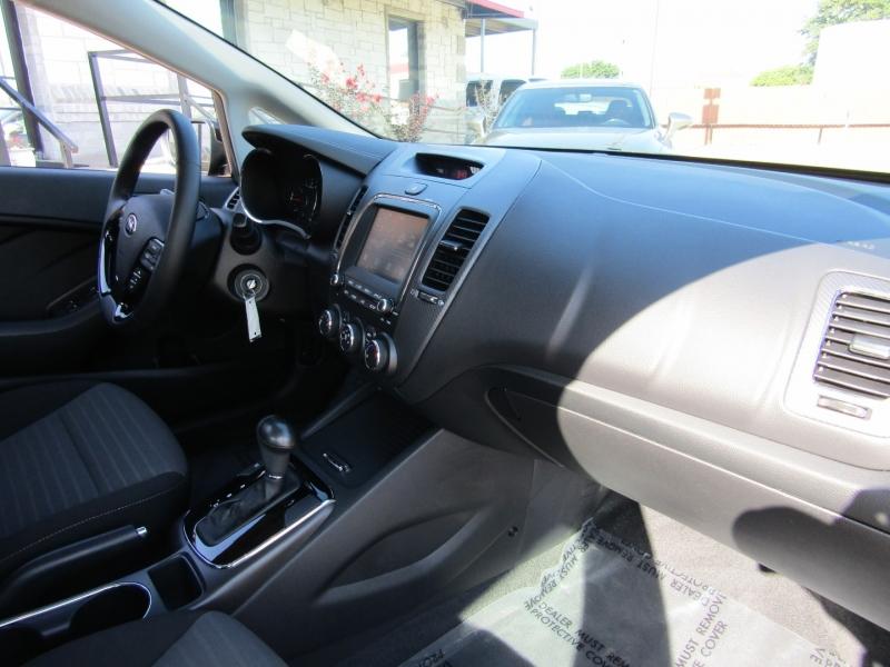 Kia Forte S 2018 price $13,950