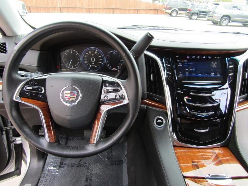 Cadillac Escalade 2015 price $34,950