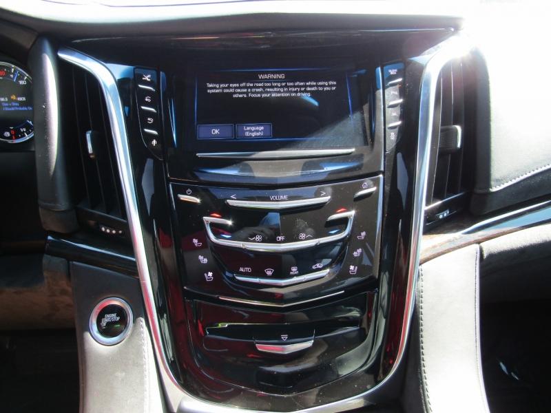 Cadillac Escalade 2016 price $42,950