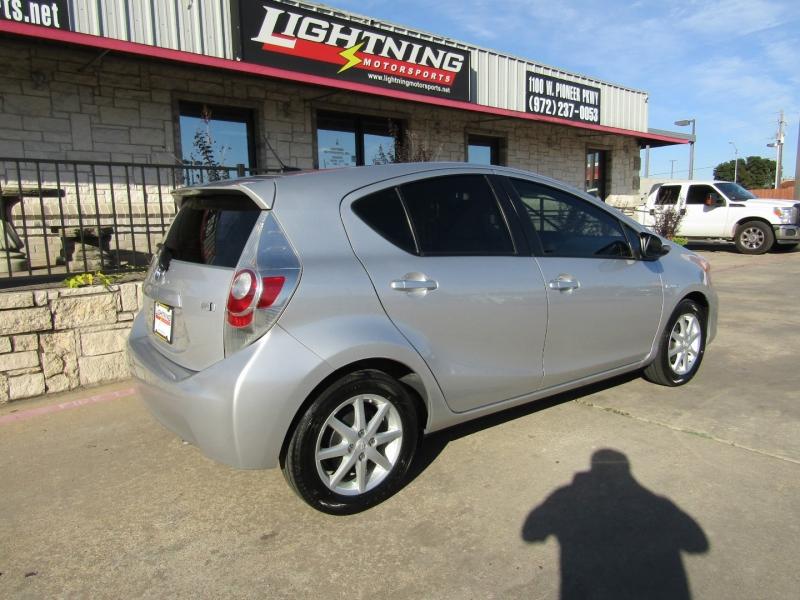 Toyota Prius c 2013 price $9,850