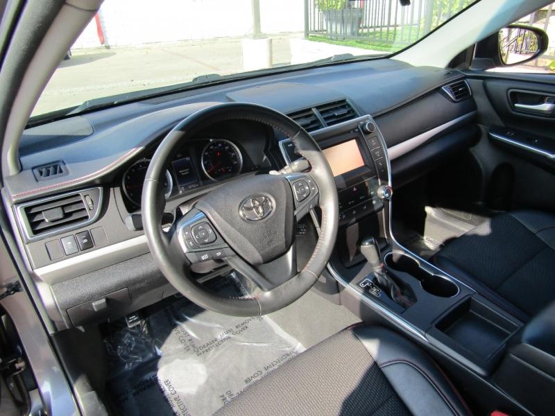 Toyota Camry 2017 price $12,950