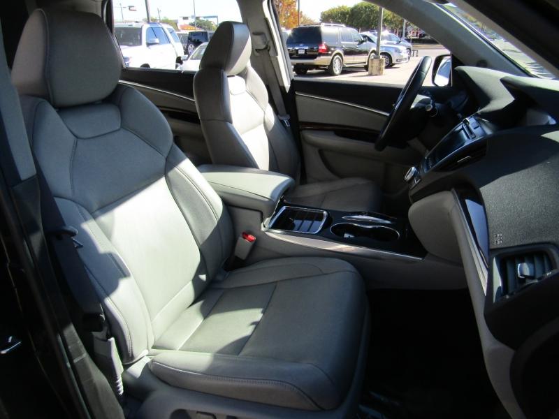 Acura MDX 2016 price $22,950