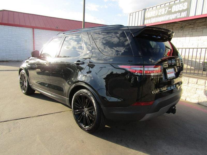 Land Rover Discovery 2017 price $44,950