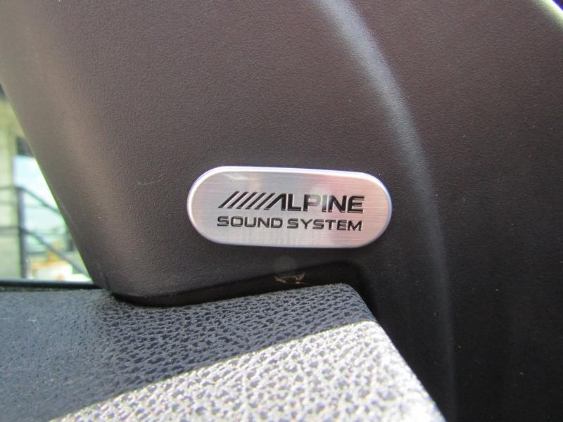 Chrysler 300 2021 price $29,850