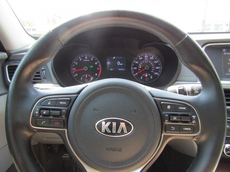 Kia Optima 2018 price $19,950