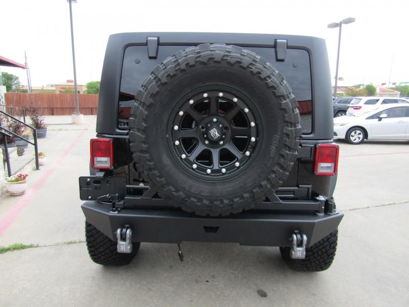 Jeep Wrangler Unlimited 2015 price $28,850