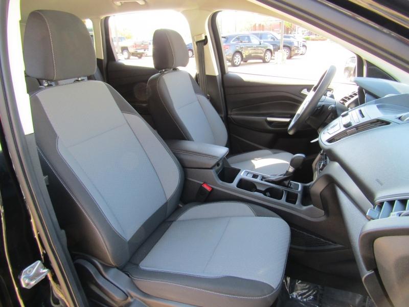 Ford Escape 2017 price $16,950