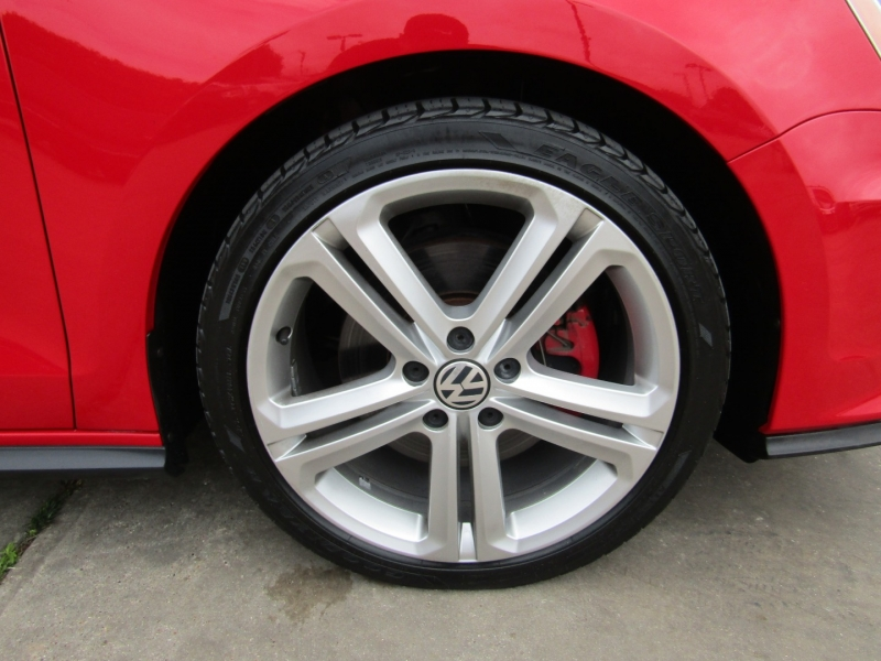 Volkswagen Jetta Sedan 2016 price $16,950